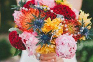 wedding flowers, bride, bouquet, bayport flower houses